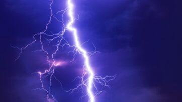 La molécula artificial Hyp-Phe-Phe genera corrientes eléctricas y voltaje de forma ecológica. (Felix Mittermeier/Unsplash)