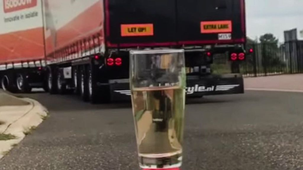 <p>Dutch truck driver Johan Groteboer participated in a popular, informal tea-bag challenge. He demonstrates how to make tea with the help of his big rig. (Johan Groteboer/Zenger)</p>