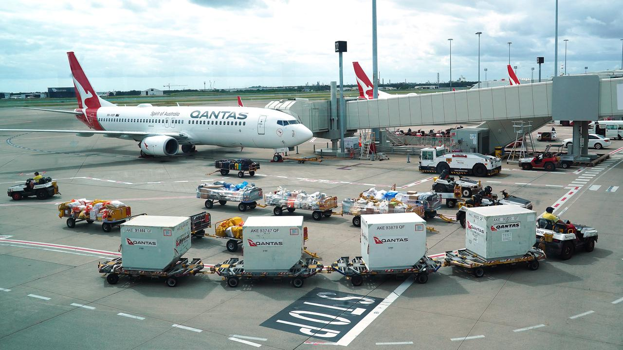 Australian Airline Workers In Outsourcing Case Victory