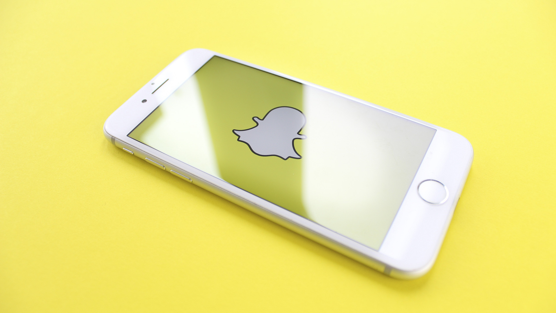 Snapchat Map Introduces Feature To Start Recommending Places For Users' Visits