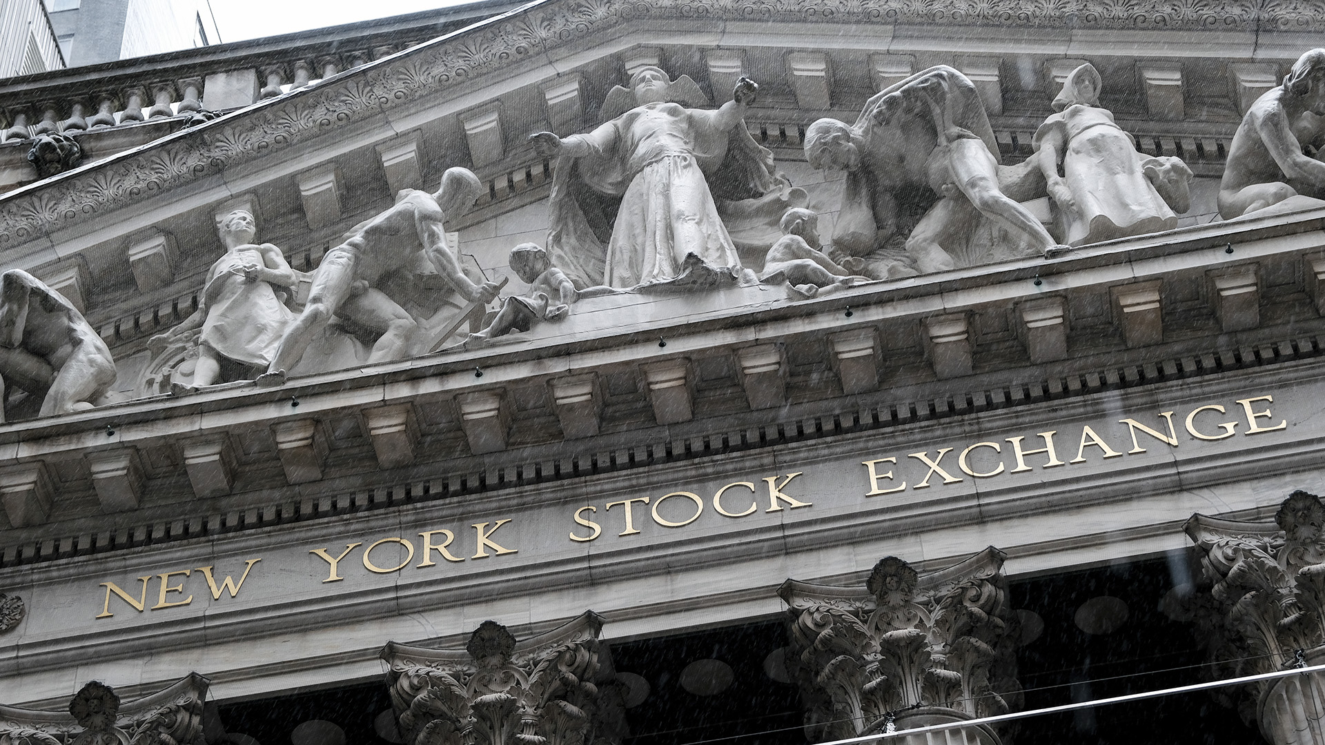 Global Banks Show Tantalizing Signs Of Stability: S&P