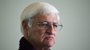 Bob Katter wants to know where a $444 million grant to the reef fund in 2018 has been spent.