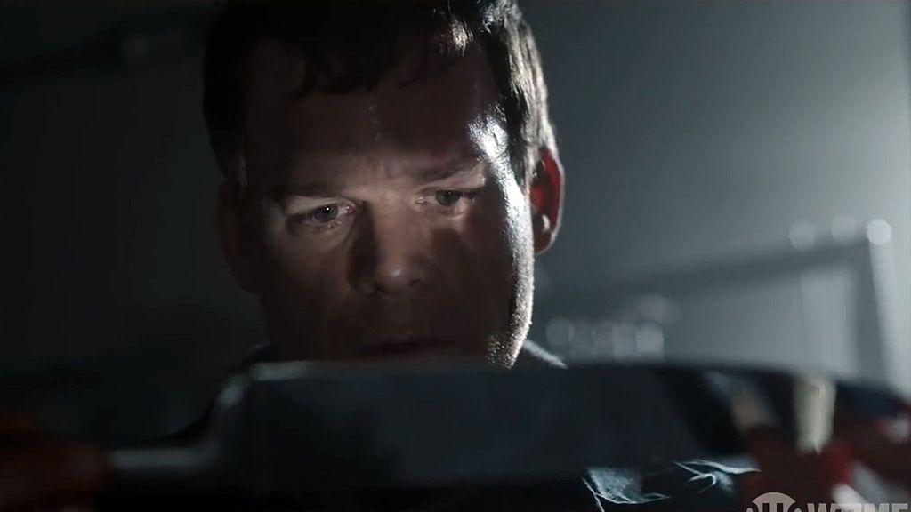 """Dexter"" Season 9 First Trailer Debuts At Comic-Con"