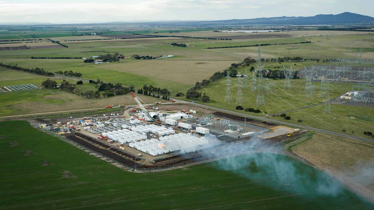 """Tesla """"Big Battery"""" Fire In Australian State To Be Assessed By Experts"""