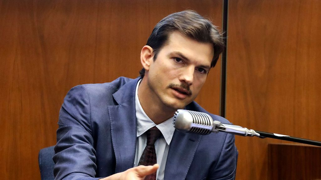 """Ashton Kutcher Cast Opposite Reese Witherspoon In Netflix's """"Your Place Or Mine"""""""