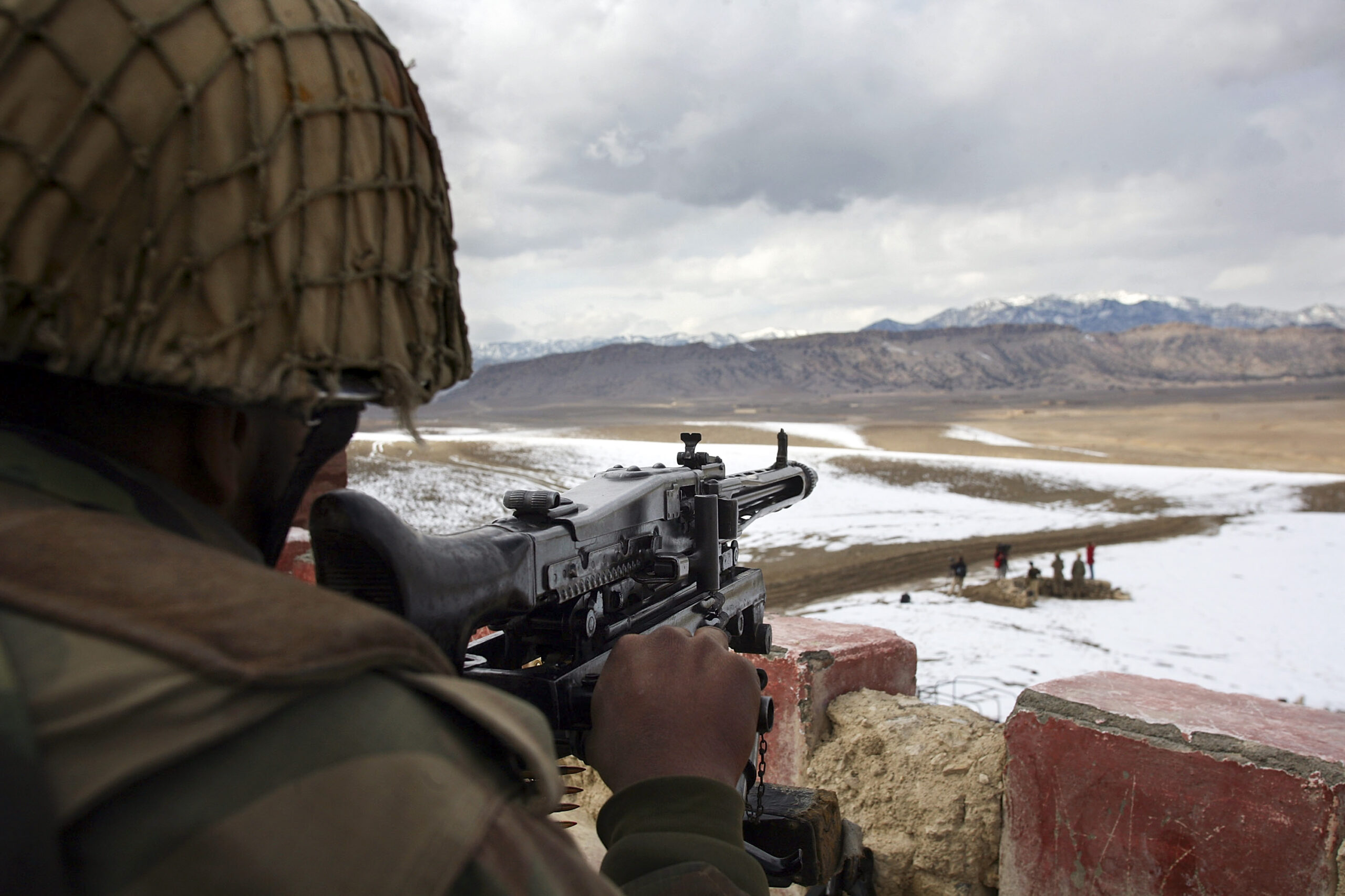 The United States Wants Pakistan To Keep Border Open For Afghan Refugees
