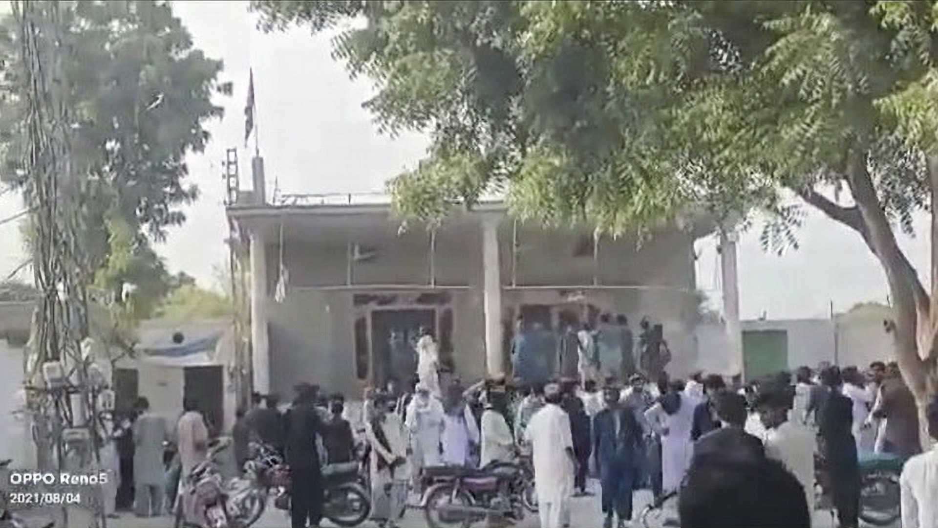38 Detained For Attack On Hindu Temple In Pakistan