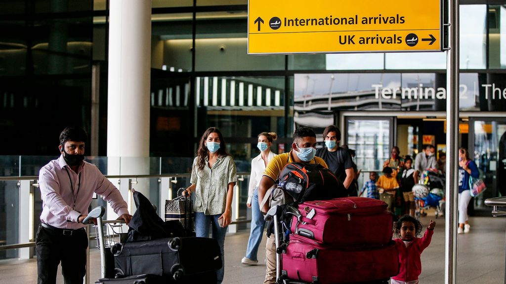 Pakistan Retained On UK 'Red List' For Travel