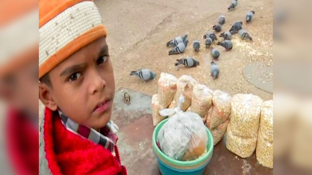 10-Year-Old Indian Boy Juggles Street-Vending And School To Afford Sister's Brain Cancer Treatment