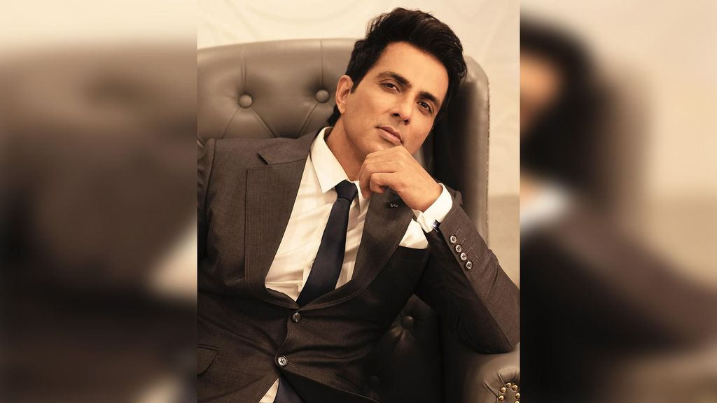 Sonu Sood Sends Relief Packages To Flood-affected Regions Of Maharashtra