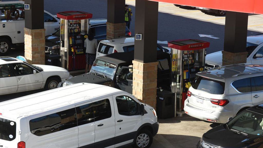 Unwavering Demand Seems To Be Keeping Prices High At The Gas Pump