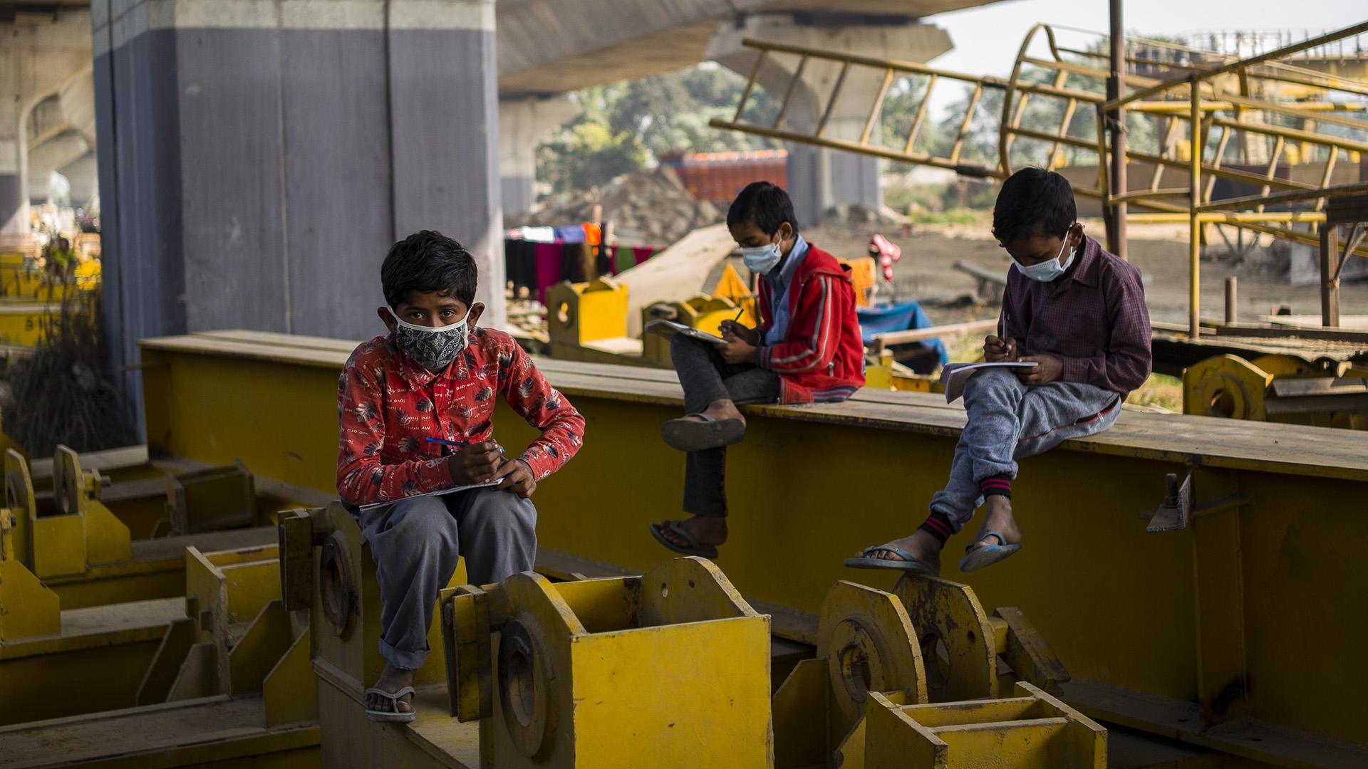 """Schools On Wheel"" Run By Non-governmental Organization Help Children Learn Amid Covid-19"