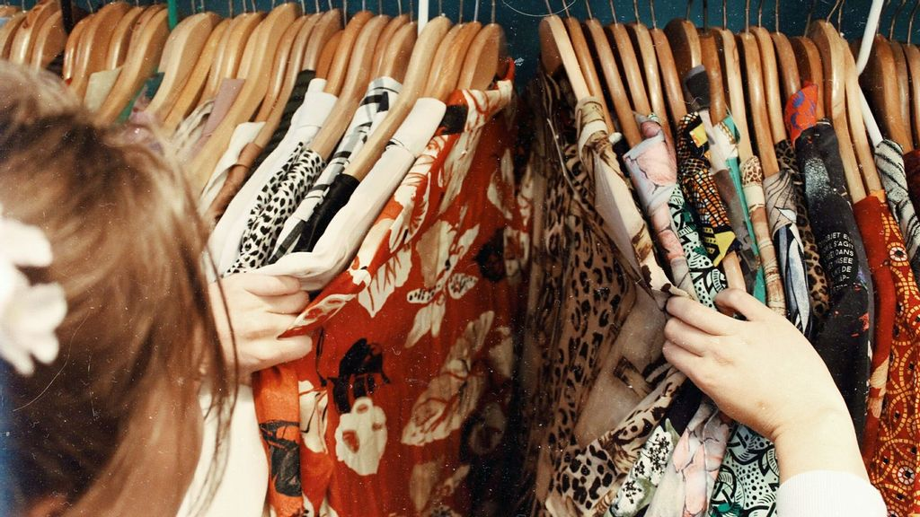 Study Suggests Gen Z Is Willing To Rent Clothes To Reduce Wastage
