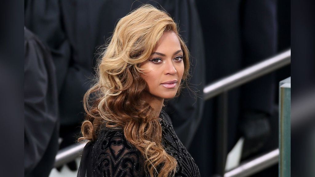 Put A Sing On It: New Music Is Coming Soon, Says Beyonce