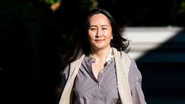 Huawei CFO Meng Wanzhou leaves her home for the resumption of her continued fight against extradition to the United States at BC Supreme Court on September 28, 2020 in Vancouver, Canada. (Rich Lam/Getty Images)