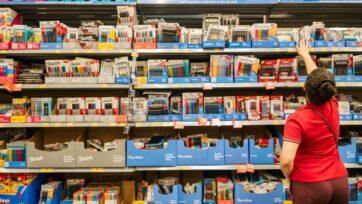strongLa inflación sigue siendo una gran preocupación para los compradores estadounidenses de todo tipo de productos. (Brandon Bell/Getty Images)/strong