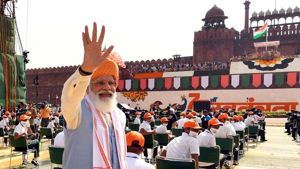 "India's Boys-Only ""Sainik Schools"" Will Now Admit Girls"