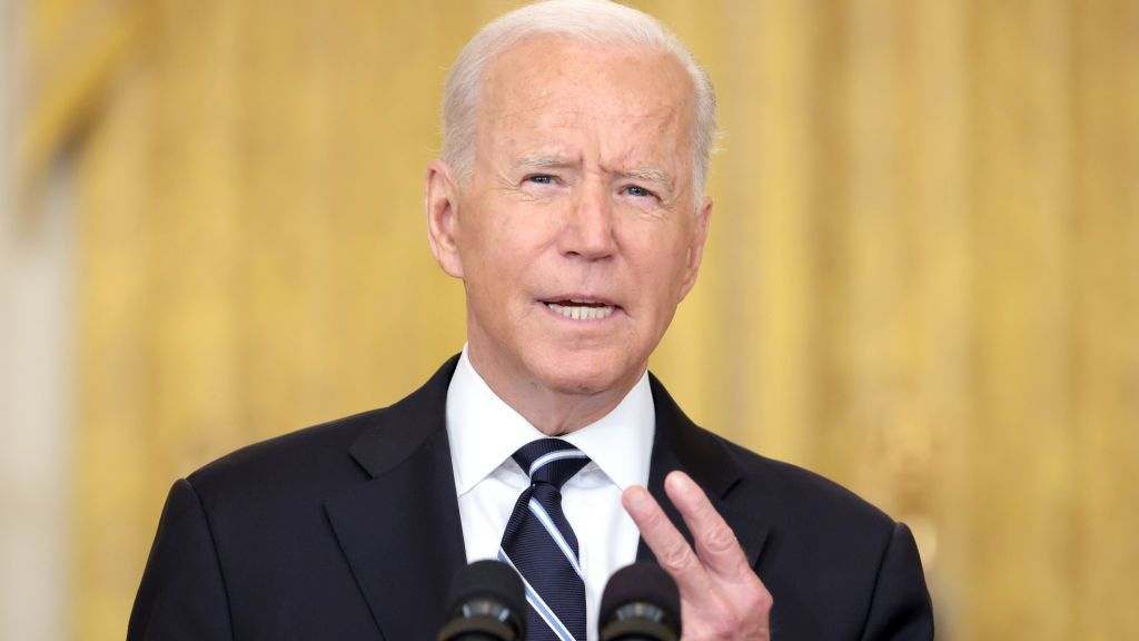 <p>U.S. President Joseph R. Biden Jr. on Wednesday announced plans to offer COVID-19 booster shots to Americans starting the week of Sept. 20. (Anna Moneymaker/Getty Images)</p>
