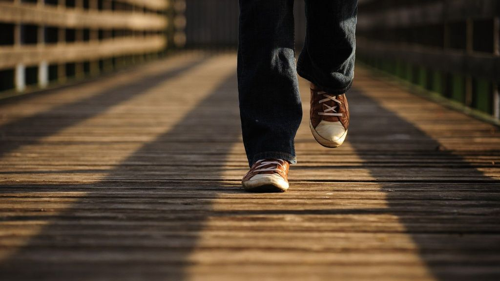 New Fitness App Gives Real-World Rewards For Walking