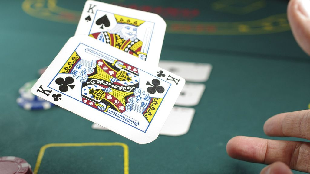 <p>Issues relating to online 'gambling' games expressly falls under the domain of the states and some states have already enacted laws to regulate online games. (Michał Parzuchowski/Unsplash)</p>