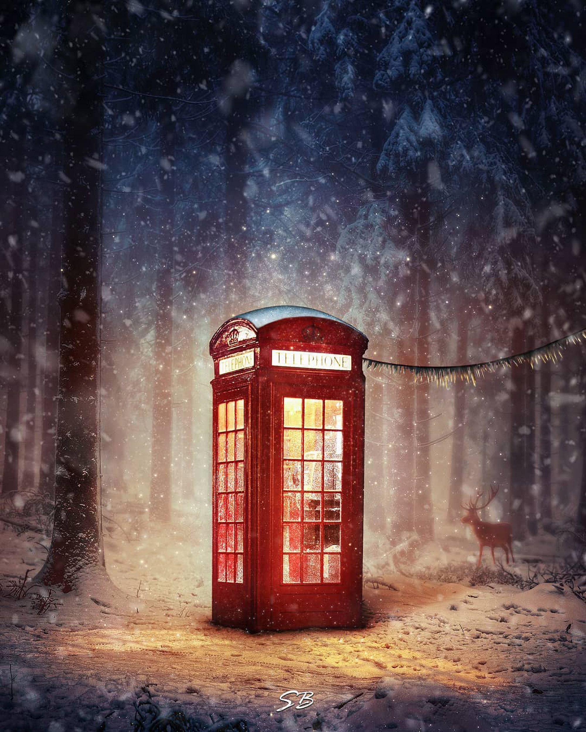 <p>The self-taught digital artist's British phone box, lit from within, has a magical quality. (@sb.editing__/Zenger News)</p>