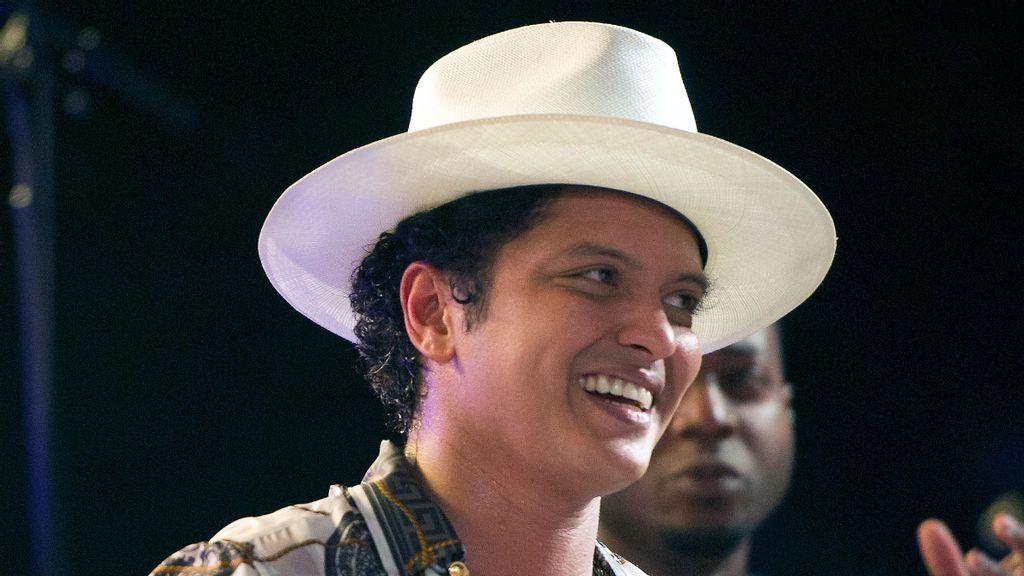 Cardi B y Bruno Mars consiguen múltiples nominaciones a MTV Video Music Awards