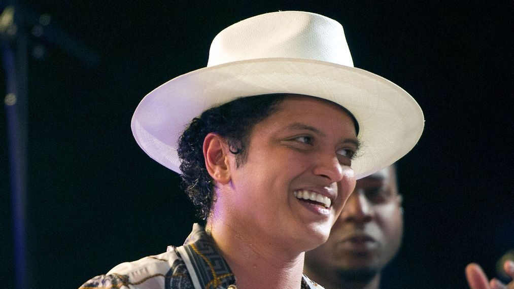 Cardi B, Bruno Mars Land Multiple MTV Video Music Awards Nominations
