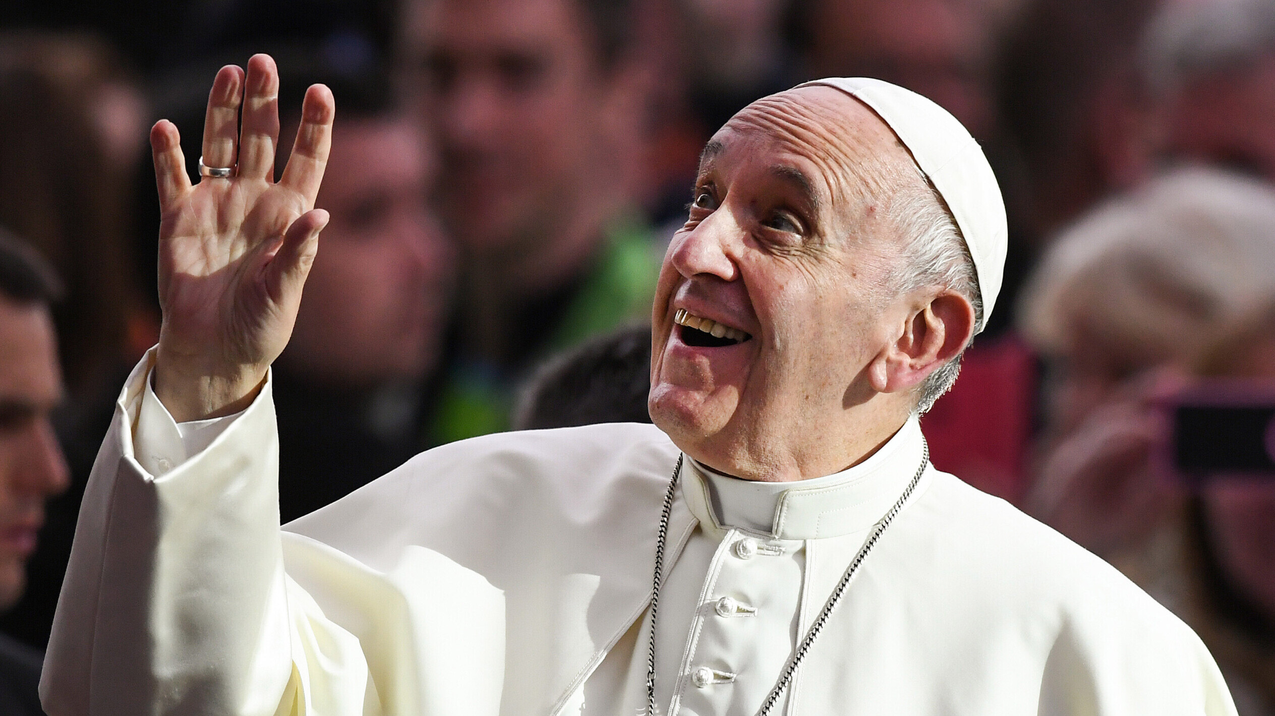 Smarter News Quiz: Movie Milestones, Pope Francis and Virtual Shoes