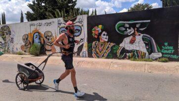 Jonas Deichmann corre en Zacatecas, México. (Cortesía de Jonas Deichmann)