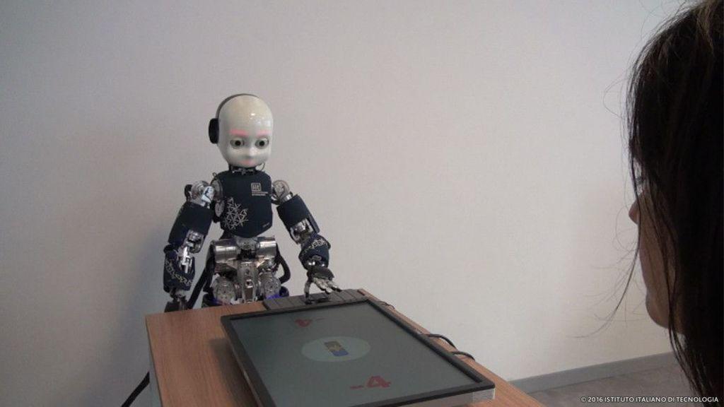 VÍDEO: Las miradas de los robots humanoides pueden desencadenar emociones humanas
