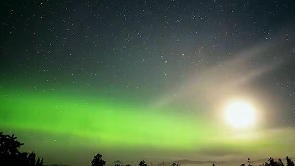 VIDEO: Auror-some: Stunning Time-Lapse Footage Of Returning Northern Lights Show