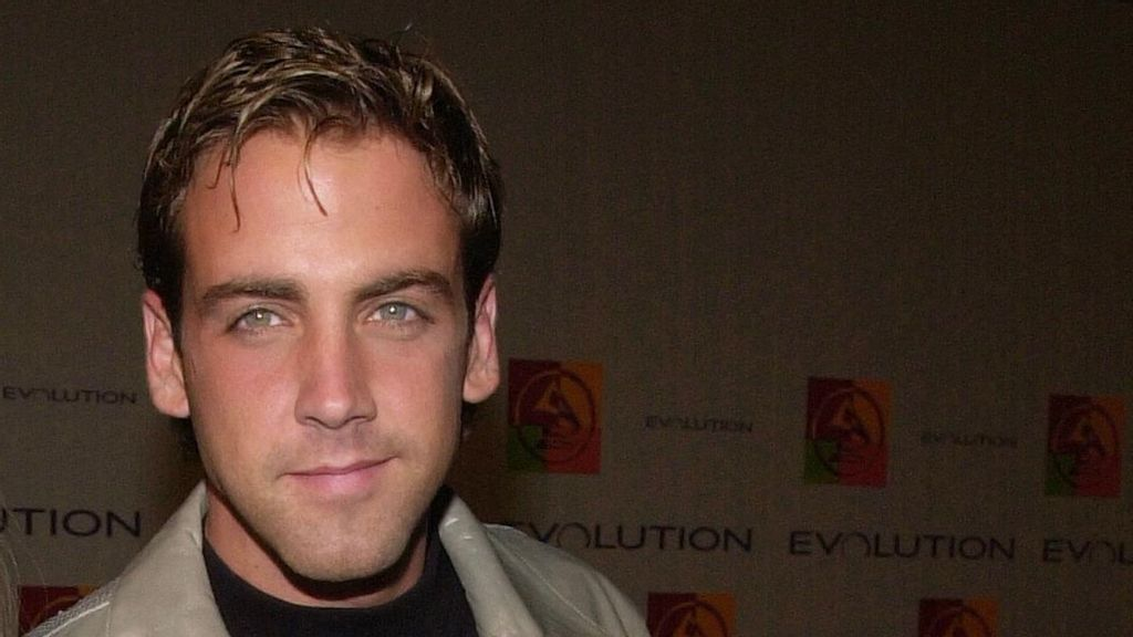 Jearnest Corchado y Carlos Ponce se unen a 'The Real Housewives of the North Pole', de Peacock