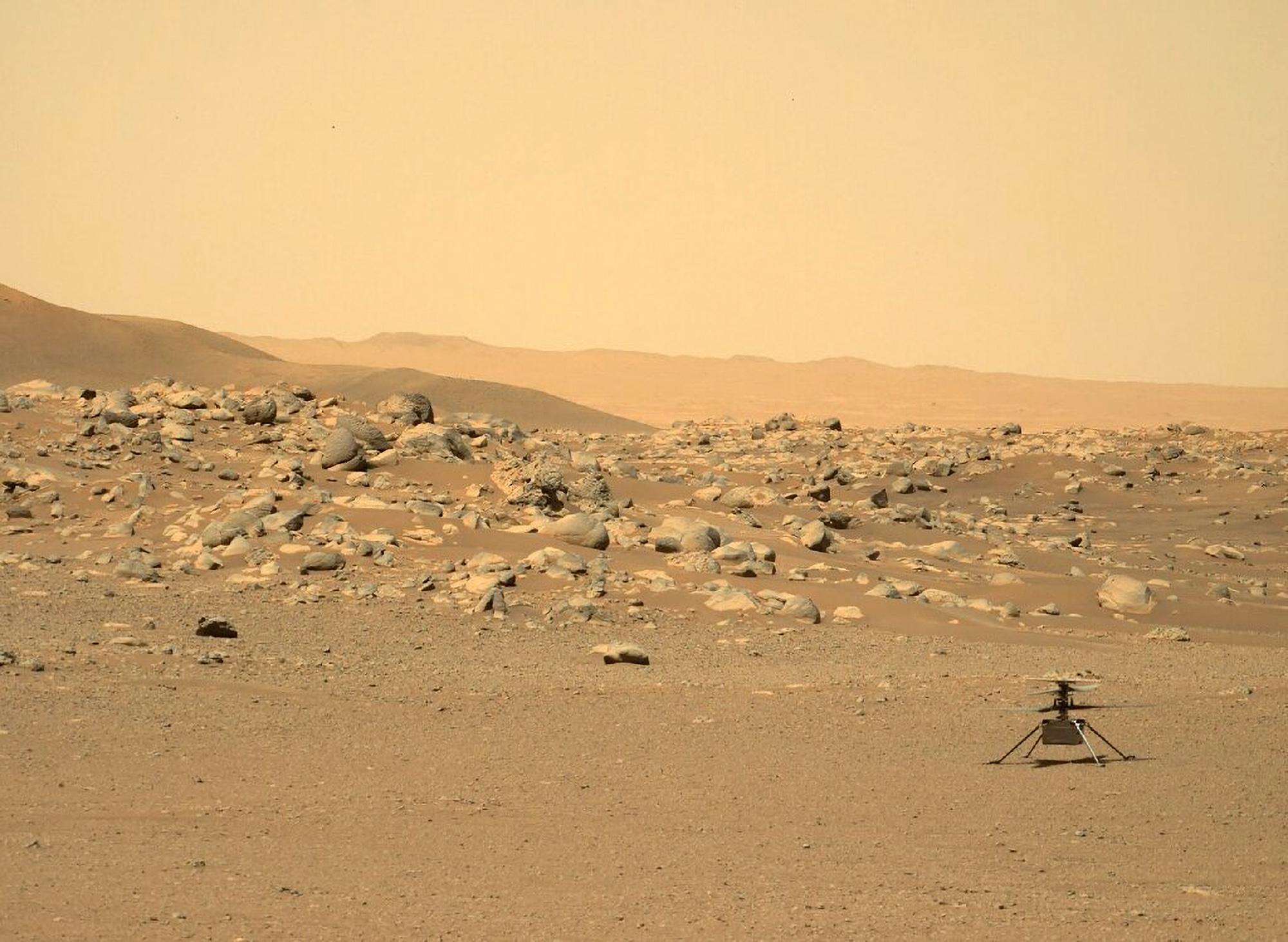 Contra lo pronosticado, el helicóptero Ingenuity de la NASA continúa su misión tras 6 meses en Marte