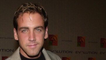 Carlos Ponce has been an actor performing in English and Spanish for three decades. (Chris Weeks/Liaison/Getty Images)