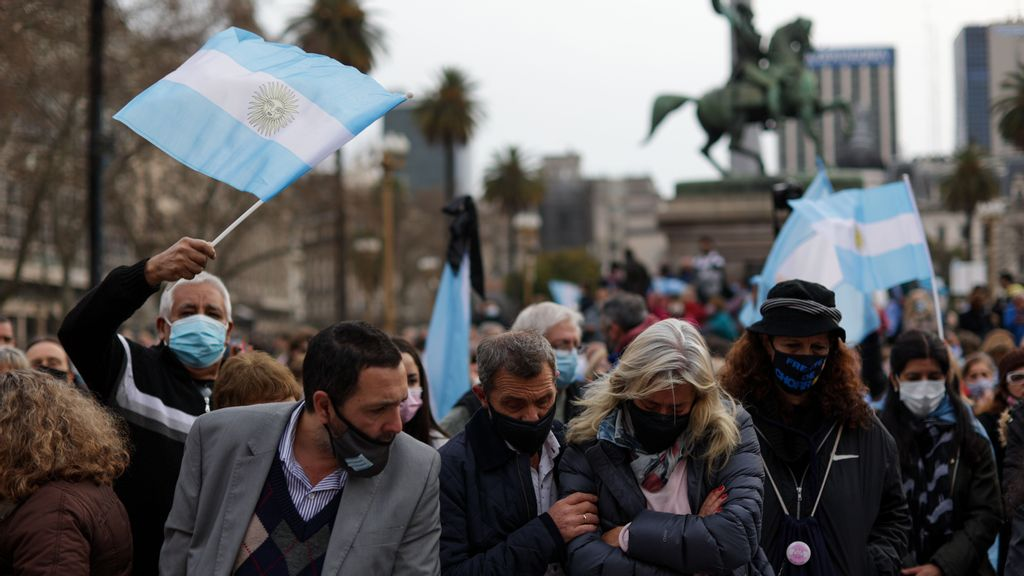 """<p>Argentines demonstrate in Buenos Aires on Aug. 16. In the so-called """"March of the Stones,"""" they remembered the more than 110,000 COVID-19 deaths in the country at the time, with a stone as a symbol of each victim. In the Sept. 12 primaries, they will be able to express their discontent or support for the government and its handling of the pandemic and other issues. (Tomas Cuesta/Getty Images)</p>"""