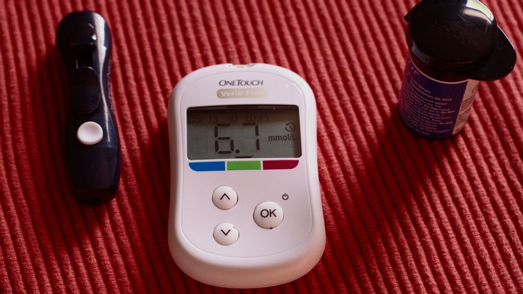 High Blood Sugar Linked To Risk Of Serious COVID