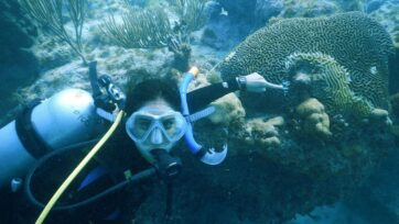 Divers are seeking to compare Stony Coral Tissue Loss Disease on the Florida reef with a similar outbreak at Xcalak Reef National Park in Mexico. (Emma Doyle, Gulf and Caribbean Fisheries Institute/Zenger News)