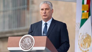 Cuban President Miguel Díaz-Canel addresses Mexicans during the celebration. It is the first time that a foreign leader speaks at Mexico's Independence military parade. (Mexican government)