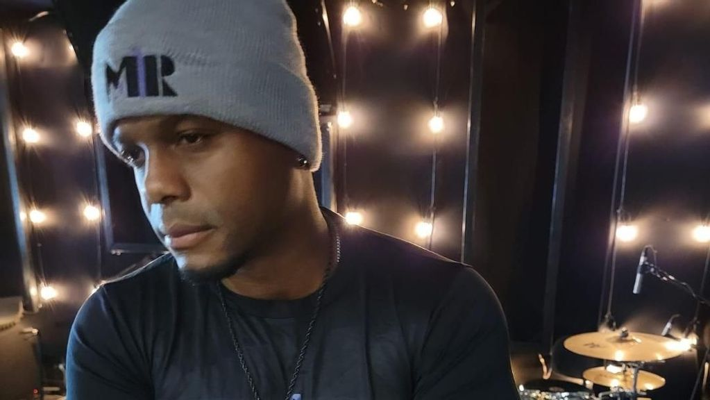 """<p>Richard """"RichRel"""" Reliford in the recording studio. He will release his """"SonShine"""" album on Sept. 24. (Team M1R)</p>"""
