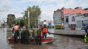 Army elements support rescue efforts in Tula, Hidalgo, Mexico. (Courtesy of Francisco Villeda)