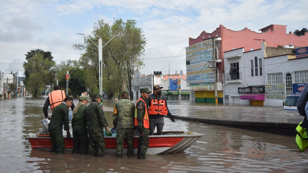 Torrent Of Sewage: Floods Devastate Tula, Mexico, As River Overflows Banks Again