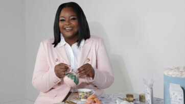 Marketing consultant Stephanie Synclair has branched out by launching a line of luxury teas and accessories. (Courtesy of Stephanie Synclair).