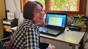 Luana Leites escribió un libro de poesía y ya tiene la intención de lanzar un segundo. (Vinicius Mello)