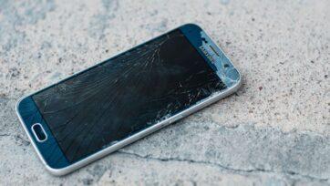 strongCientíficos, inspirados en el nácar, han desarrollado un vidrio resistente al rompimiento que podría hacer que las pantallas rotas de los teléfonos queden en el pasado. (Ashkan Forouzani/Unsplash)/strong