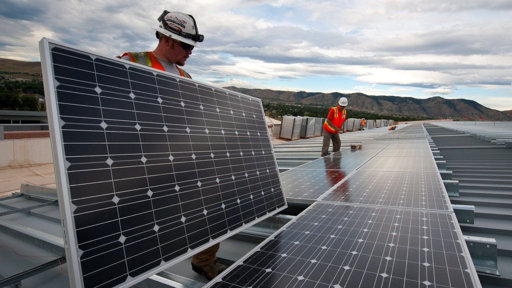 Decision Delayed On Solar Tariffs, Exposing China Trade Deficit, Manufacturing Woes