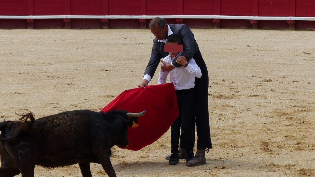 Indignación por las lecciones de torería para niños en Francia