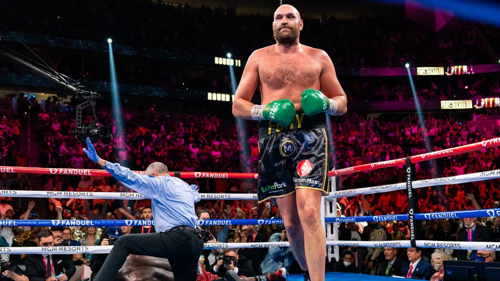 With Stunning Comeback, Tyson Fury Completes Trilogy By Proving He Is Lord Of The Ring