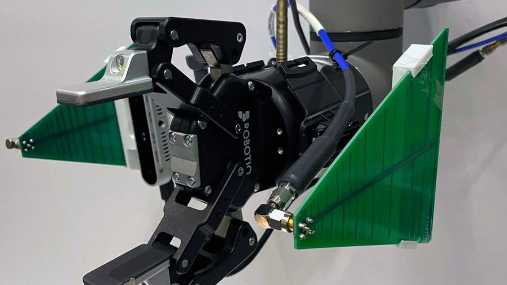 Seeing Through Solids: Robot Uses Sensor To See What Humans Can't