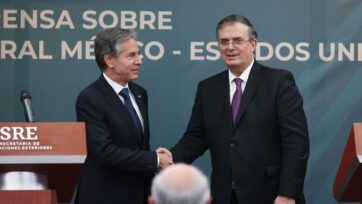 U.S. Secretary of State Antony Blinken (left) met with Mexico's Foreign Affairs Secretary Marcelo Ebrard on Oct. 8. They spoke of both countries' commitment to bilateral security. (Hector Vivas/Getty Images)