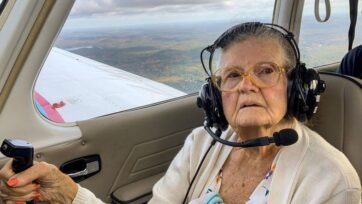Former pilot Myrta Gage, 84, aboard her final flight. Gage got her pilot's license in 1974 and took her last trip over New Hampshire. (Cody Mattiello/Zenger)